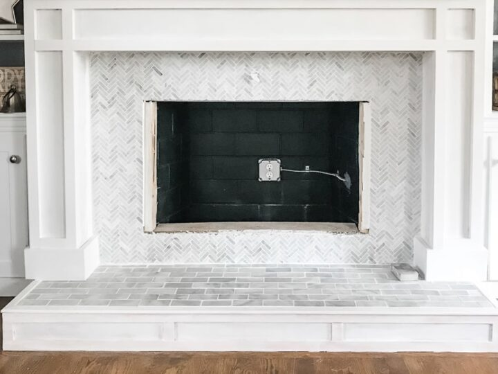 🌟DIY FIREPLACE MAKEOVER   How to paint a brick fireplace the right way