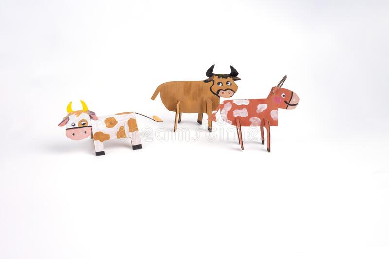DIY Cow and Calf statue making at home | Best out of waste | Clay craft | Home decorating ideas